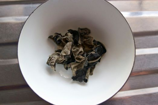 Little Dried Mushrooms
